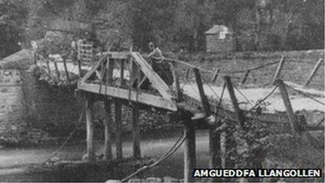 Pont Cadwynau Llangollen
