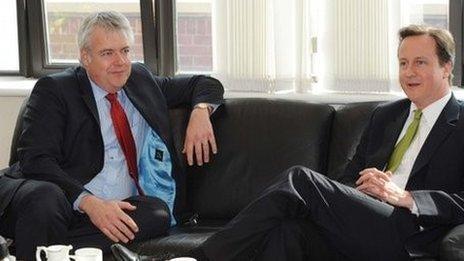 Carwyn Jones a David Cameron