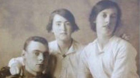 Pte John Baker and his sisters
