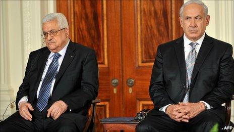 Mahmoud Abbas and Benjamin Netanyahu at the White House on 1 September 2010
