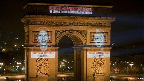 Images on Arc de Triomphe monument