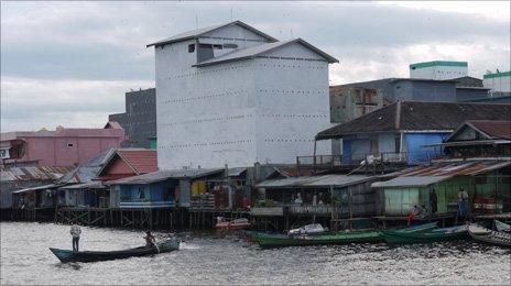 Kumai birdhouses