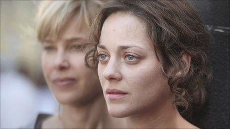 Marion Cotillard with Pascale Arbillot (l) in Little White Lies
