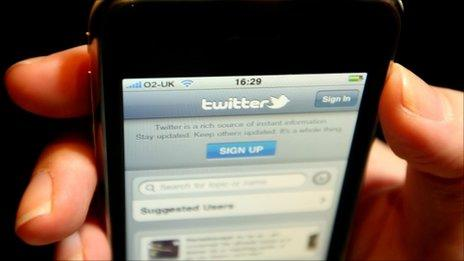 Twitter on mobile phone