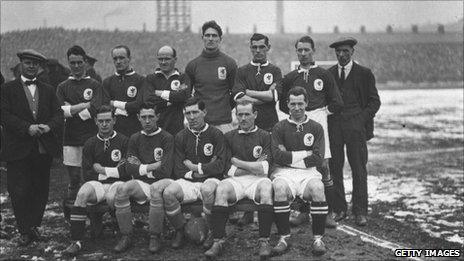 The Wales national football team about to face England at Blackburn, 4 March, 1924. From left to right are Latham (trainer), H P Evans (Cardiff City), J Nicholls (Newport County), Moses Russell (Plymouth Argyle), Gray (Oldham Athletic), Jenkins (Brighton and Hove Albion), Jennings (Bolton Wanderers), Billy Meredith (international veteran), W Davies (Swansea Town), L Davies (Cardiff City), Fred Keenor (Cardiff City), Richards (West Ham United) and Vizard (Bolton Wanderers). Photo by A. R. Coster/Topical Press Agency/Getty Images