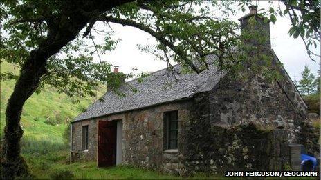 Gleann Dubh-Lighe bothy. Pic: John Ferguson/Geograph