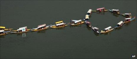 Houseboat climate protest in Srinagar, India