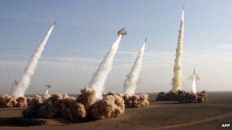 Iran's Revolutionary Guards fire Shahab-2 missiles (2 November 2006)