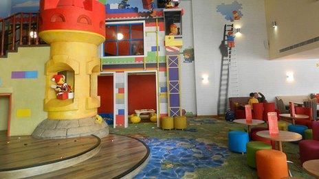 Legoland bar and play area