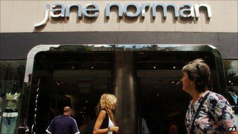 Siop Jane Norman yn Llundain