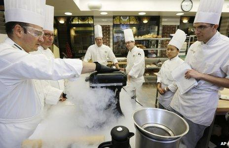 Chef using liquid nitrogen in New York