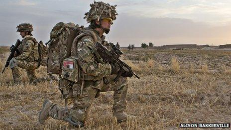Female British soldiers