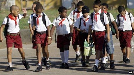 Cuban schoolboys return to classes on 5 November
