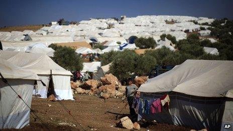 A camp for displaced people in the Syrian village of Atmeh, near the Turkish border with Syria (8 November 2012)