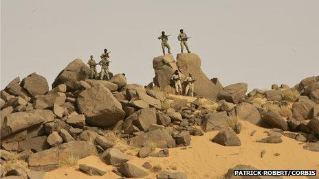 Tuareg fighters in northern Mali (archive shot)