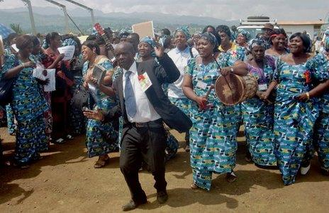 Welcoming parade for Dr Mukwege