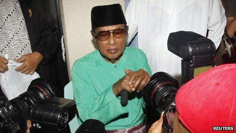 Jamalul Kiram III, a former sultan of the Sulu region of the southern Philippines in Manila, 22 February 2013