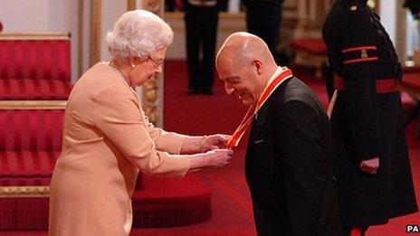 Queen and Sir David Brailsford