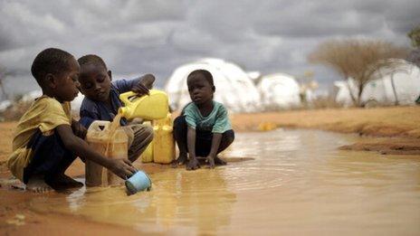 children in dadaab refugee camp
