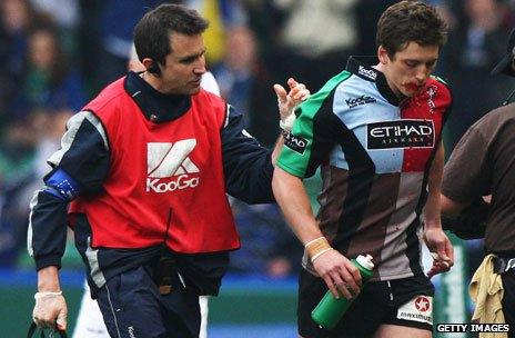 Tom Williams fakes injury at rugby match, 2009