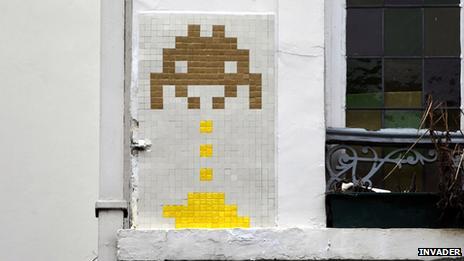 Space Invaders art in Brussels