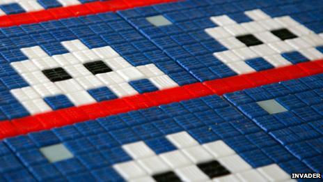 Space Invaders mosaic being prepared
