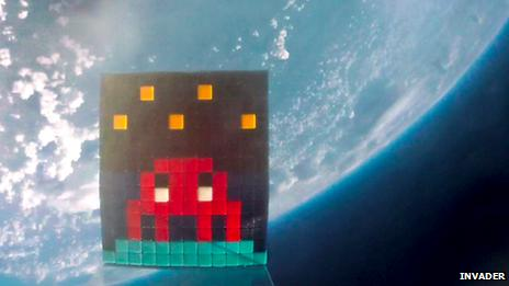 Space Invader balloon above Earth