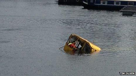 The sinking duckboat