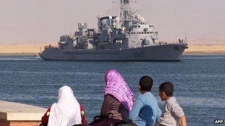 French warship in Suze canal, 2008
