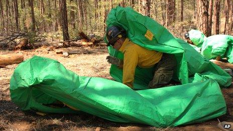 Firefighters' emergency shelters