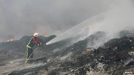 Firefighter tackles blaze in Smethwick
