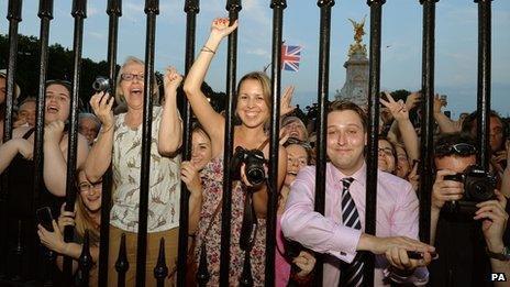 Crowds outside the gates of Buckingham Palace