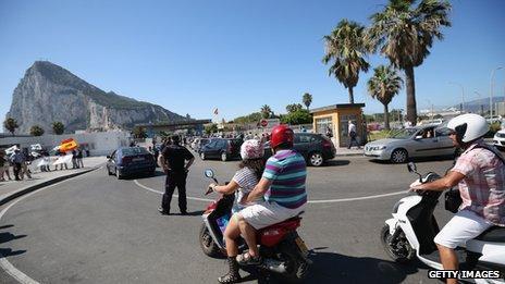 Traffic queue at Gibraltar border, 7 Aug 13