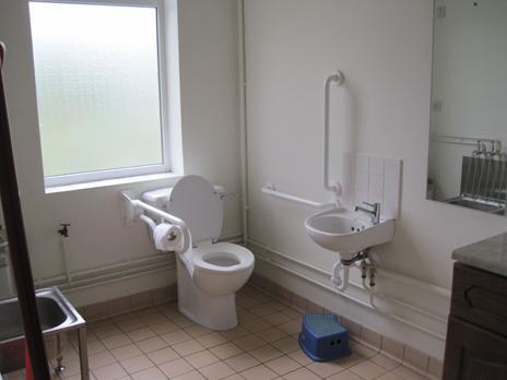 ordinary bathroom