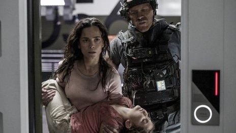 Alice Braga in Elysium