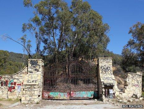Gate to Murphy's Ranch