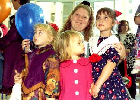 """Louise Brown and other children who were """"test tube babies"""" in 1993"""