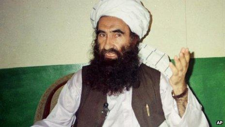 Jalaluddin Haqqani speaks in an interview on 22 August 1998 in Miranshah, Pakistan.