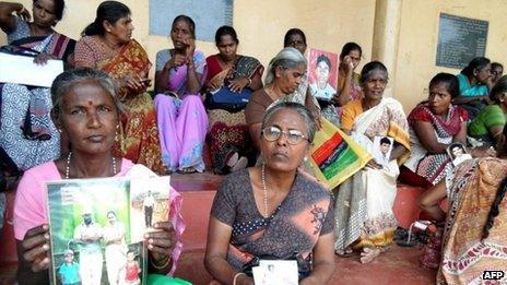 "Sri Lanka""s minority ethnic Tamils stage a demonstration in the northern town of Vavuniya"