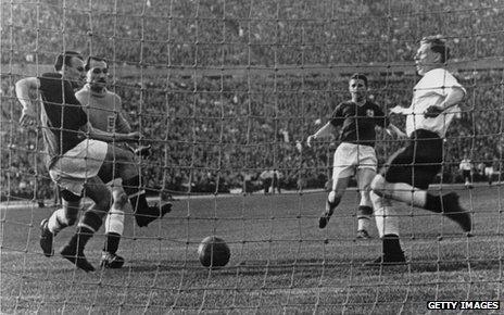 Scene from 1954 match