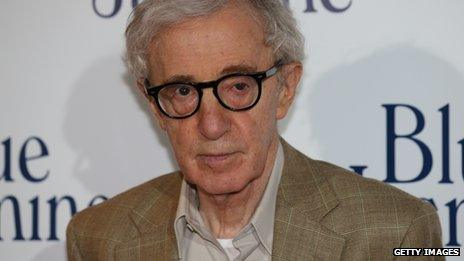 Woody Allen poses for photographers in Paris