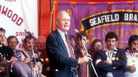 Tony Benn speaking at a miners' rally in 1984