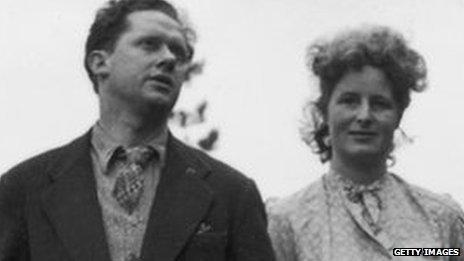 Dylan Thomas a Caitlin yn 1946