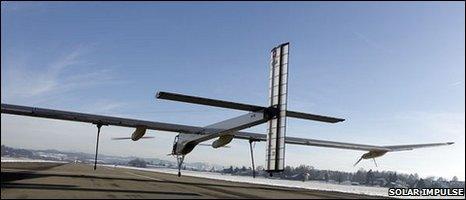 Solar Impulse plane leaves ground