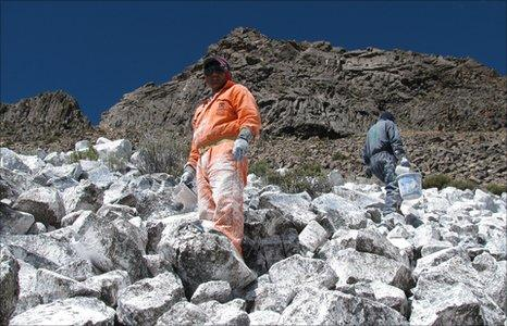 The painting team on the slopes of Chalon Sombrero