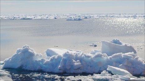 Iceberg and open water (Image: Richard Hollingham/SAMS)