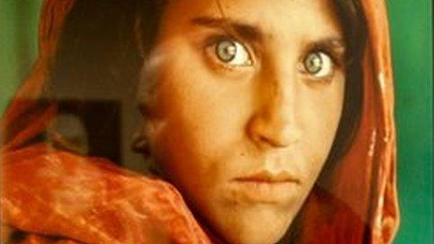 Afghan Girl Sharbat Gula In Quest For New Life Bbc News