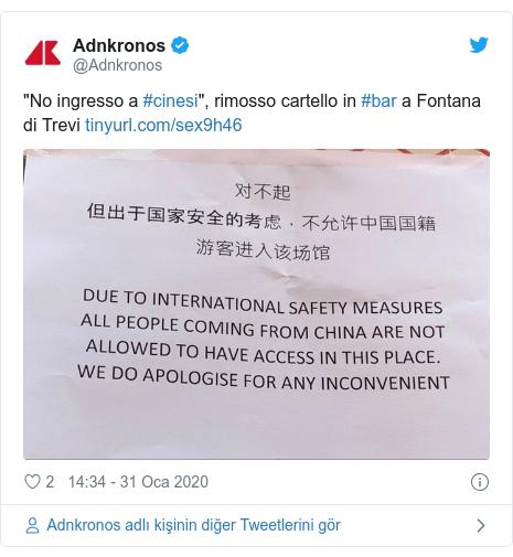 "@Adnkronos tarafından yapılan Twitter paylaşımı: ""No ingresso a #cinesi"", rimosso cartello in #bar a Fontana di Trevi"