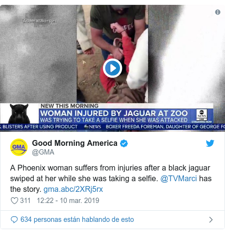 Publicación de Twitter por @GMA: A Phoenix woman suffers from injuries after a black jaguar swiped at her while she was taking a selfie. @TVMarci has the story.