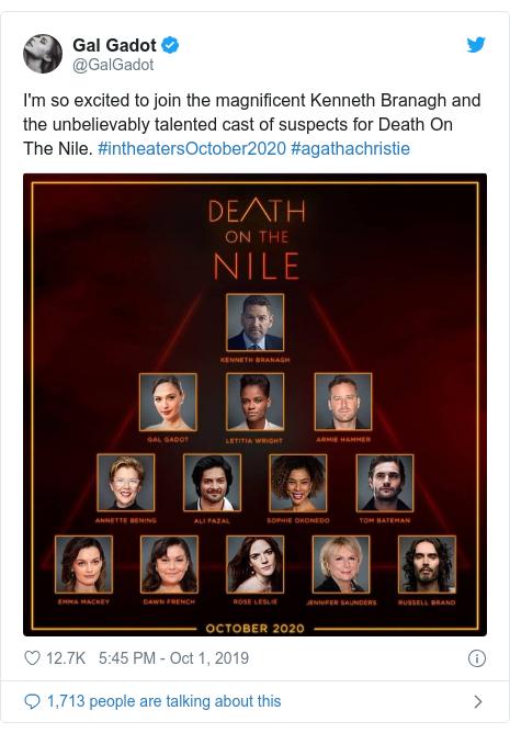 نشر عبر Twitter بواسطةGalGadot: أنا متحمس للغاية للانضمام إلى كينيث براناغ الرائع ومجموعة الممثلين الموهوبين التي لا تصدق من أجل Death On The Nile.  # intheatersOctober2020 #agathachristie